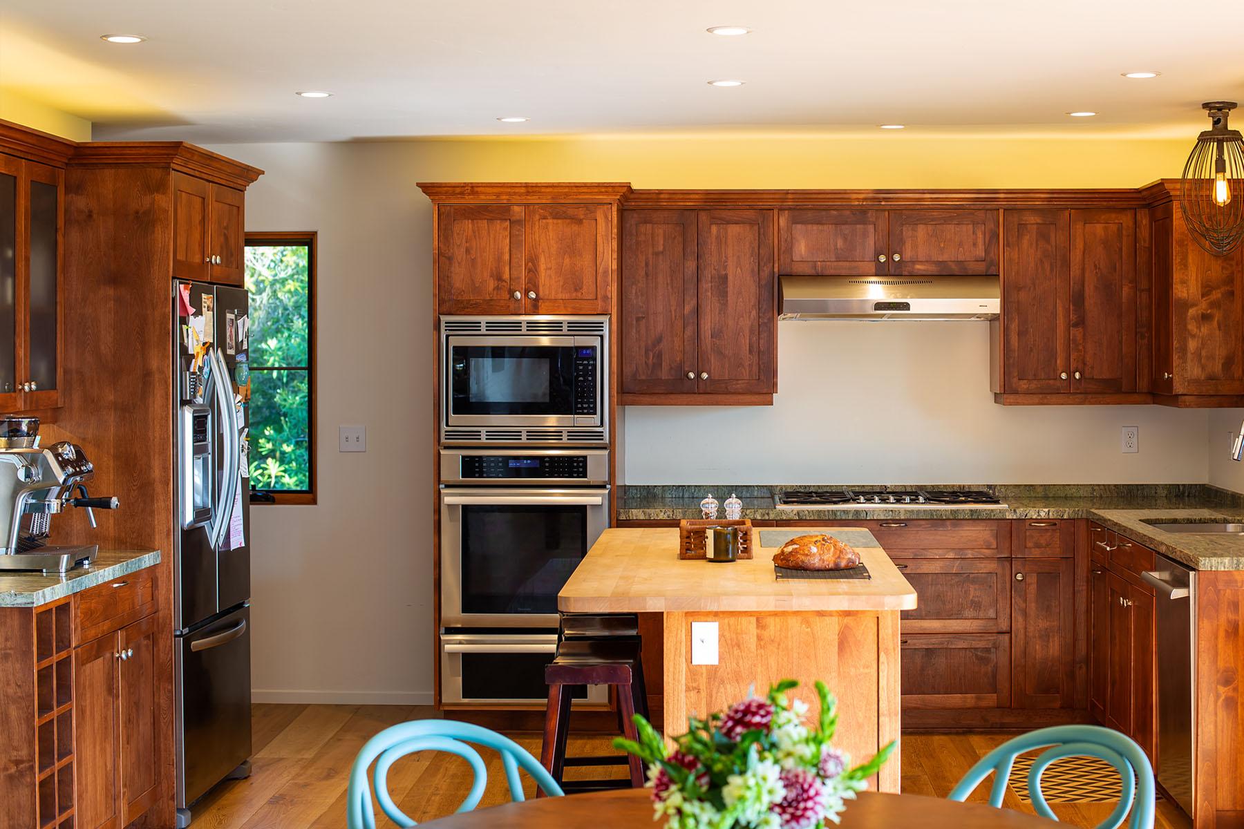 Campanil kitchen