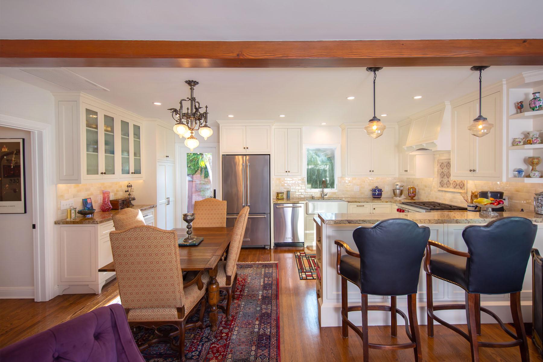 Cedar home dining room