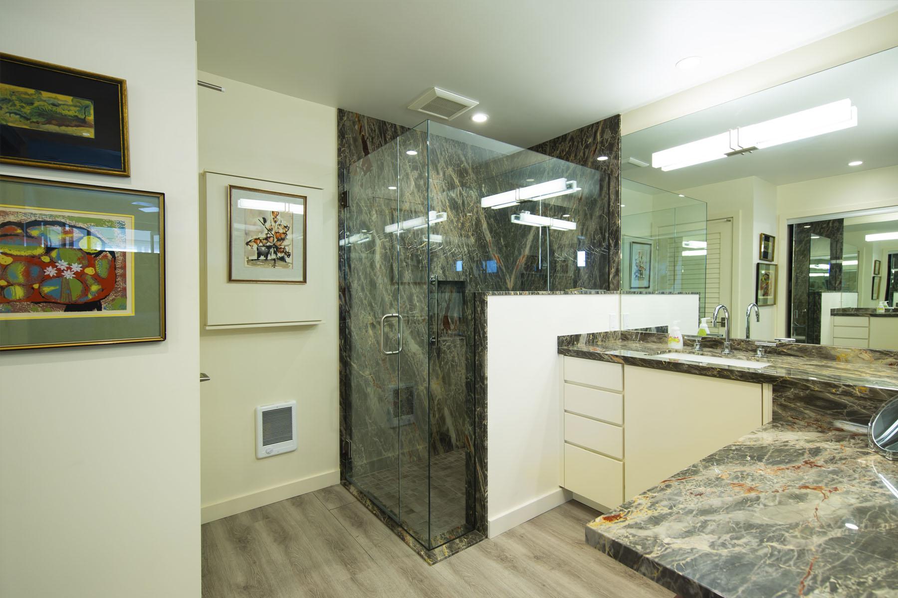 Lakeshore Residence bathroom; Silver Strand, CA