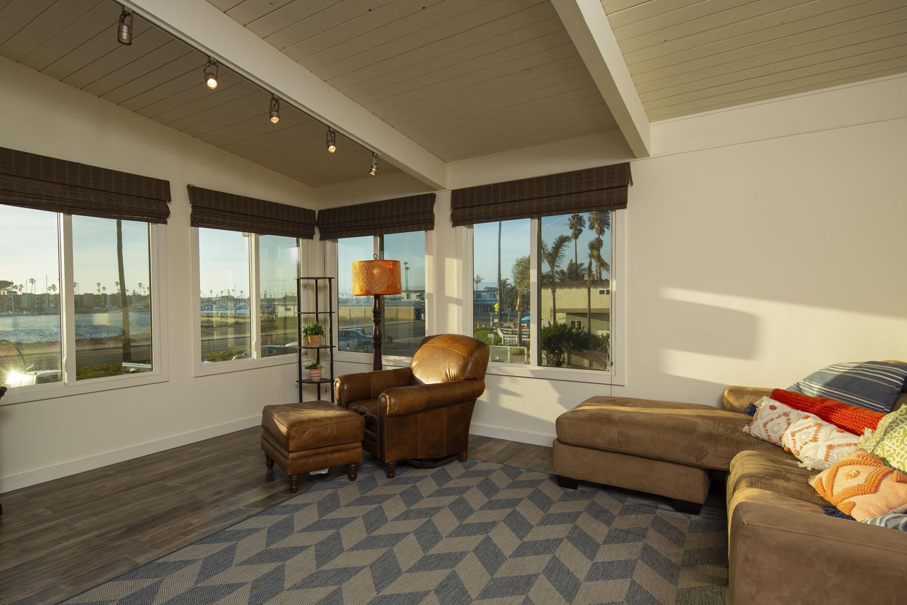 Lakeshore Residence living room; Silver Strand, CA
