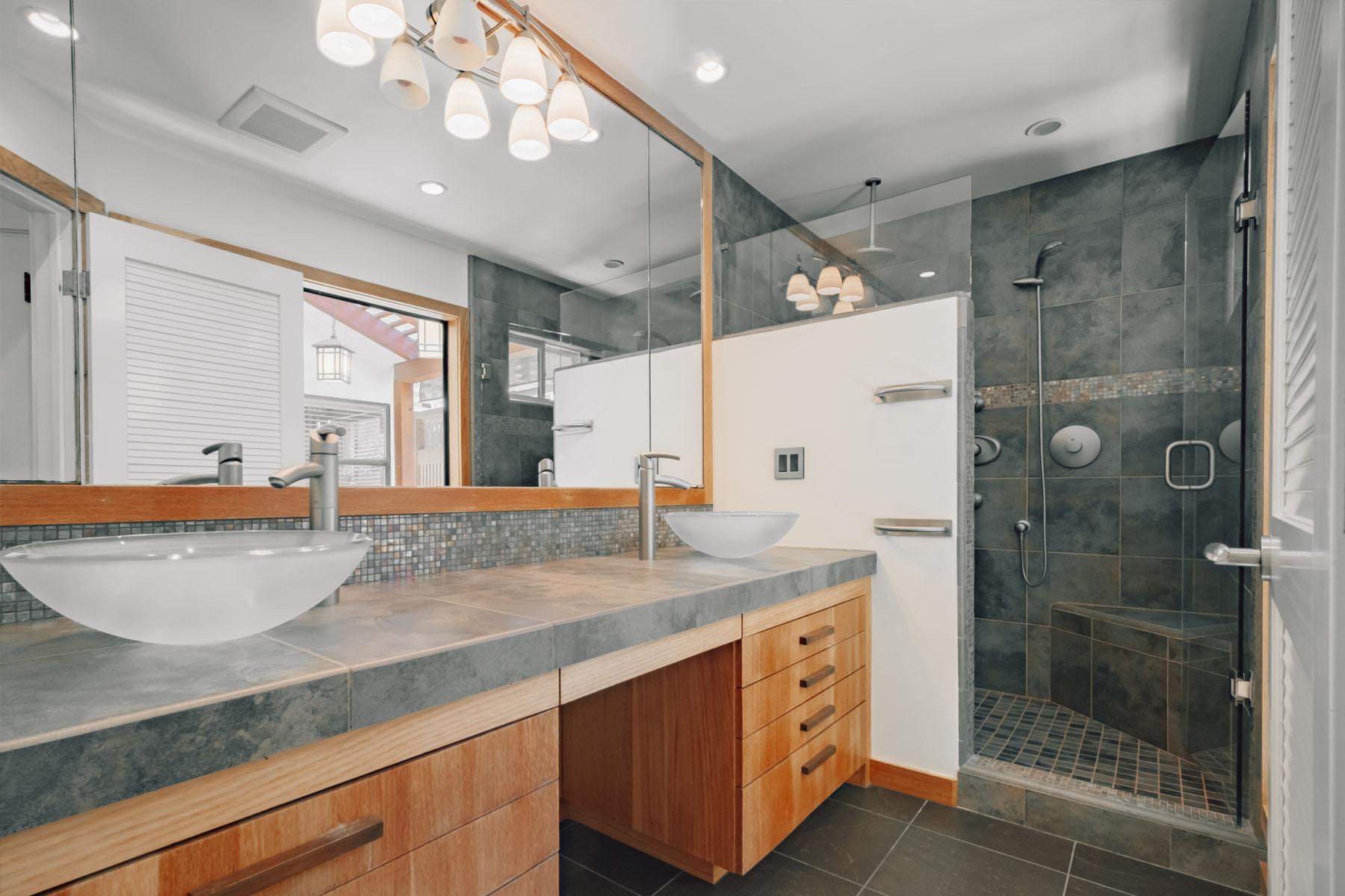 Strand home bathroom; Silver Strand, CA