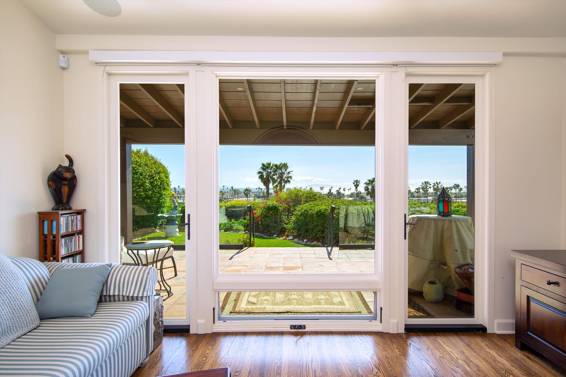 Vista del Mar living room; Ventura, CA